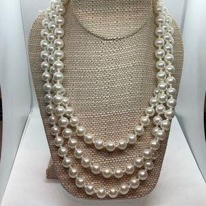 VTG One Long Faux Pearl Strand